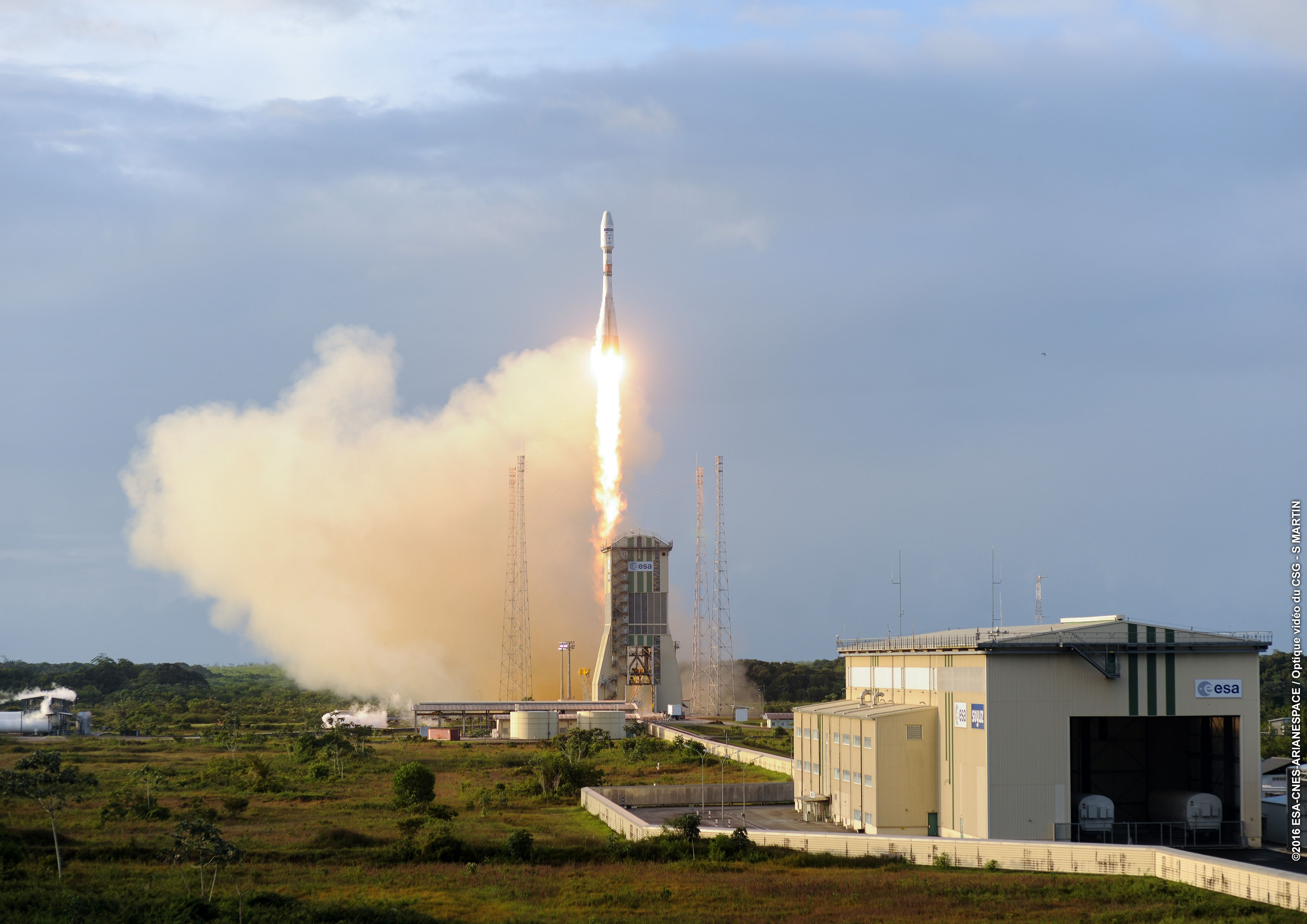 Calendrier Lancement Ariane 2019.Arianespace Innove Encore Pour Tenir Son Calendrier