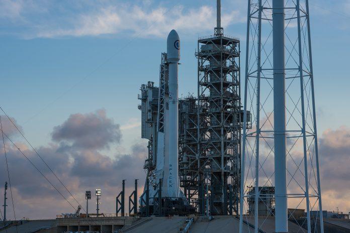 Falcon 9 NRO Pentagone