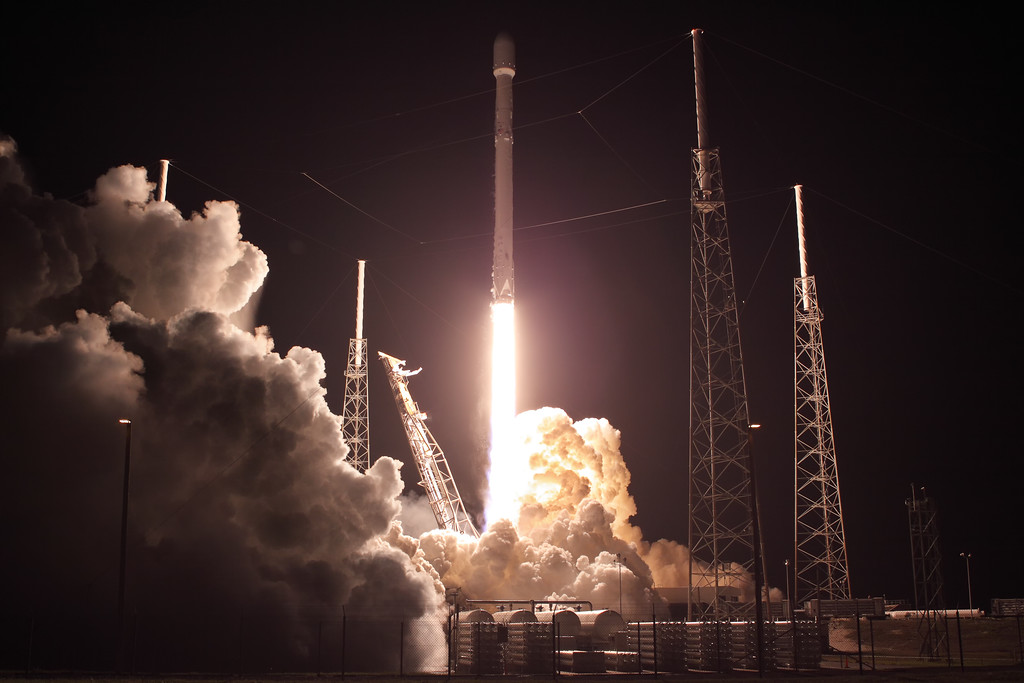 Décollage réussi pour Zuma le projet secret du gouvernement américain — SpaceX
