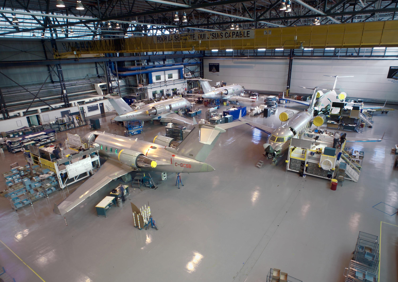 Bombardier Dorval Challenger, avionneurs