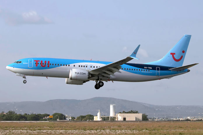 737 MAX TUI