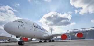 A380 D-AIMB LHT Frankfurt geparkt mit Engine Cover