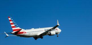 737 MAX American Airlines retour en vol