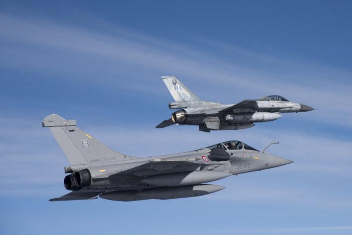 F-16 grec et Rafale