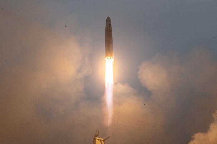 Décollage de l'Astra Rocket