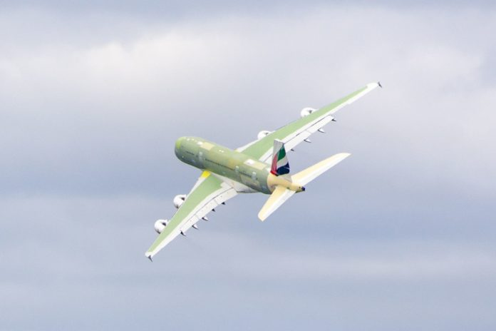 Premier envol du dernier des A380